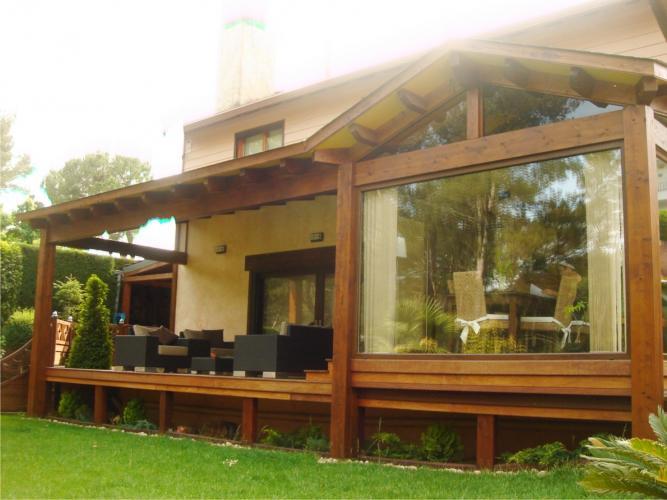 Como crear una zona chill out consejos garden house - Como hacer porche de madera ...